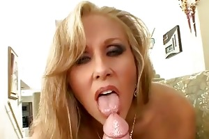 golden-haired mother i julia ann t live without