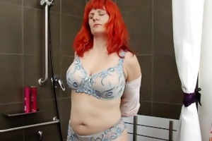 breasty dilettante d like to fuck masturbates in