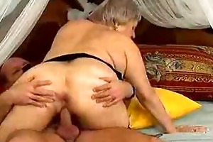 crazy old mommy receives jizz flow sex