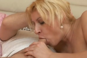 bulky dilettante wife fucking with facial spunk