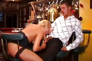 bar d like to fuck sluts give blowjobs