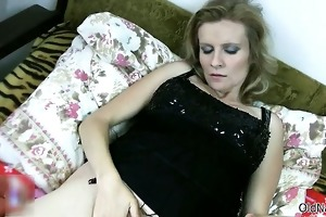 lustful granny likes having lesbian sex part6