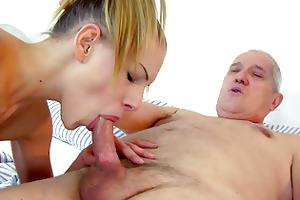 a shower with grandpapa