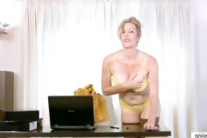 housewife in nylons hardcore masturbation