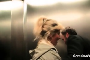 sexy blond whore gives precious head