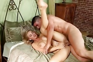 soaked momma tanya tate getting her fur pie