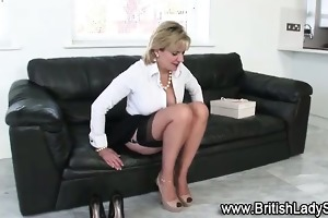 stocking d like to fuck lady sonia fingering
