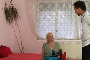 stranger nails her old unshaved vagina