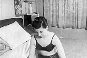 authentic vintage porn 1950s - hairless pussy,