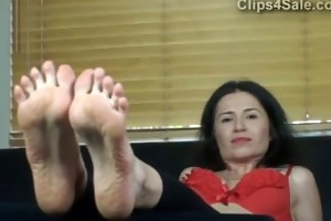 euro femdom-goddess soles and sarah d like to