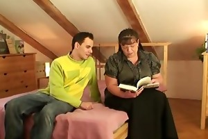 bookworm slut is picked up and doggystyled