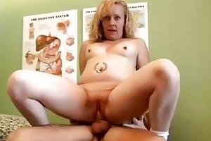 hawt blond d like to fuck heidi enjoys a facial
