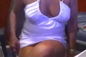 aged web camera nylons ladies upskirt dan