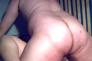 plump non-professional wife sucks and fucks with