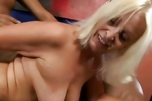 bigboobie granny getting fucked by her old spouse