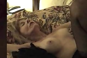 mature bitch creampied by dark knob