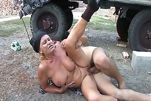 excited granny receives her wet bald muff fucked
