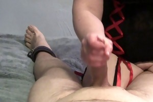 wife gives a handjob, but ruins the agonorgasmos
