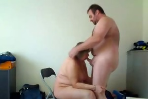 housewife makes a admirable blow job and receives
