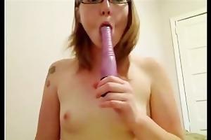 sexy slender hotty toying.