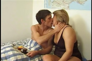 young lad cums to in a short time so she is