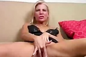 mama jerk off encouregement midget dwarf cumshots