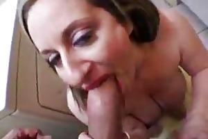 fat milfs sucking rod