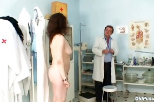 karla visits gyno clinic with highly curly love