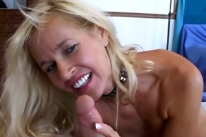 blonde d like to fuck takes it is from behind