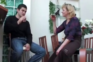chap didnt crave to kiss mature, but fucked her