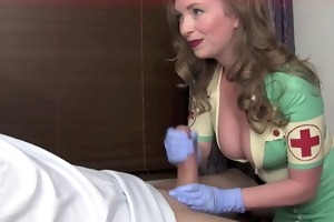 hawt nurse lends a helping hand!!!!!!!