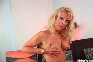 mamma takes ejaculation on tits and in throat