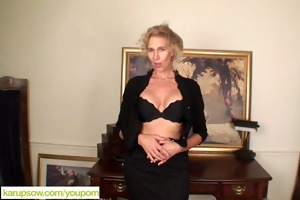 mature blond cally jo fingers snatch