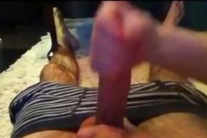 amateur wife gives a tugjob