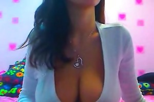 breasty large tit brunette hair d like to fuck