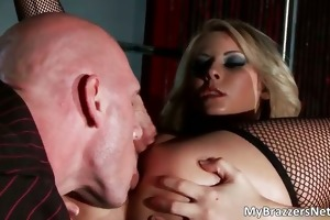 sexy muscled lad johnny sins acquires great