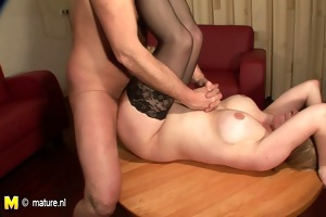 older whore mommy fucking and getting her mambos