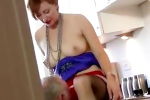 mature stocking brit oral stimulation and fuck