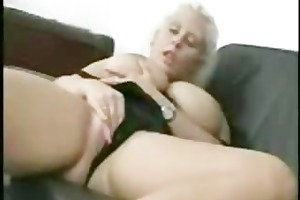 older breasty mommy masturbating