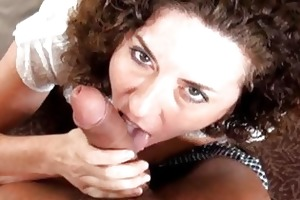 aged housewife receives a knob in her