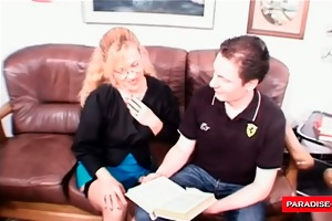 aged secretary t live without to swallow a load