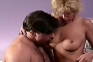 golden-haired mama enjoying sex with