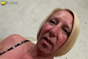 bawdy older bitch mamma cums and squirts