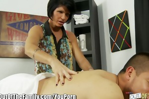 daughter learns pecker engulfing from breasty mama