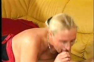 blond mature with great scones in act