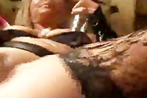 kelly leigh plays with a pussy pump neverseen