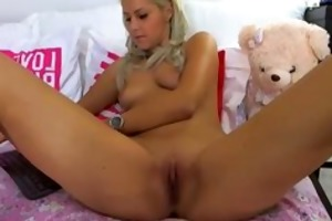hottest blond in the world learn how to engulf