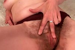 older mommy with hirsute crotch and armpits