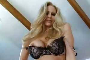 d like to fuck bitch julia ann munches a fine