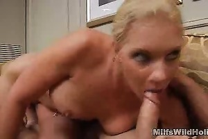 vacation turns fucking for d like to fuck heidi